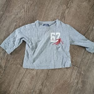 3/$15 Roots baby long sleeve shirt 6 m